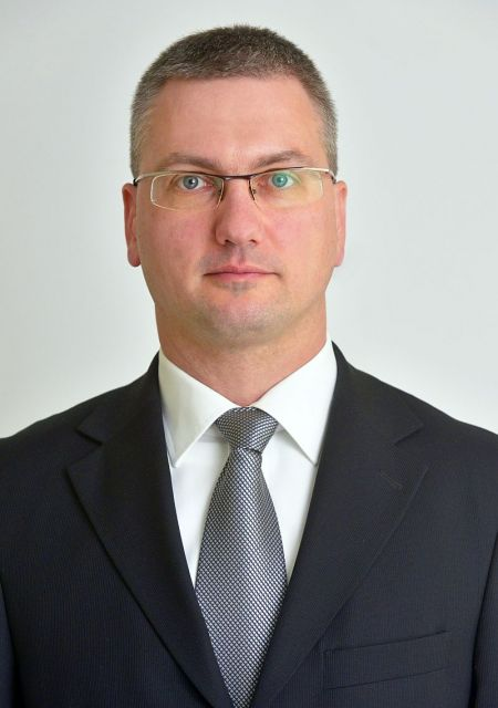 Péter Keresztes<br>Chief Financial Officer